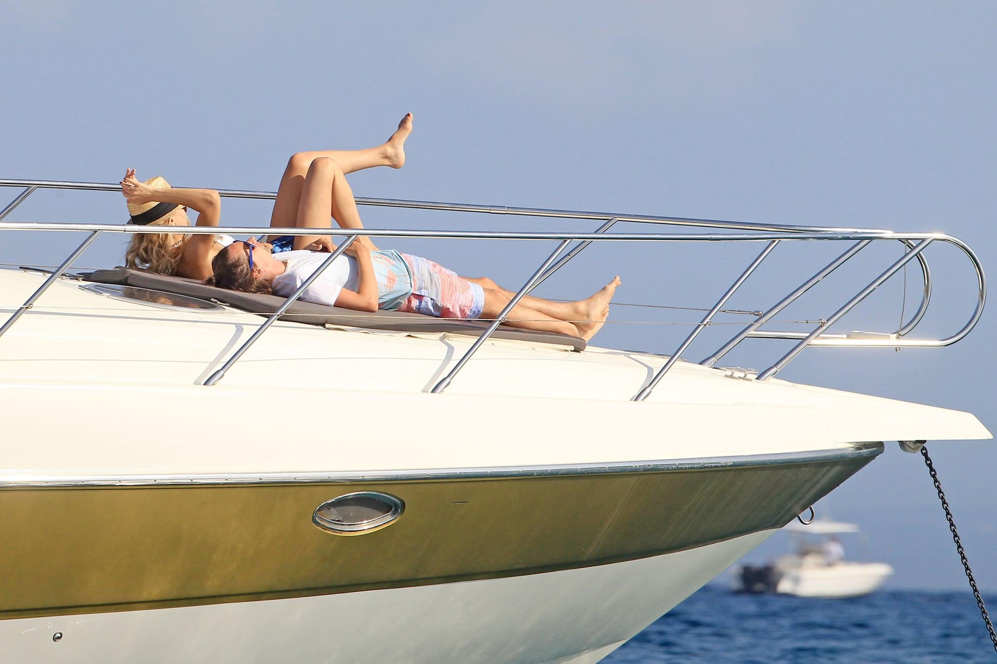Kate Hudson Gets a Sexy Bikini Kiss From Matthew Bellamy