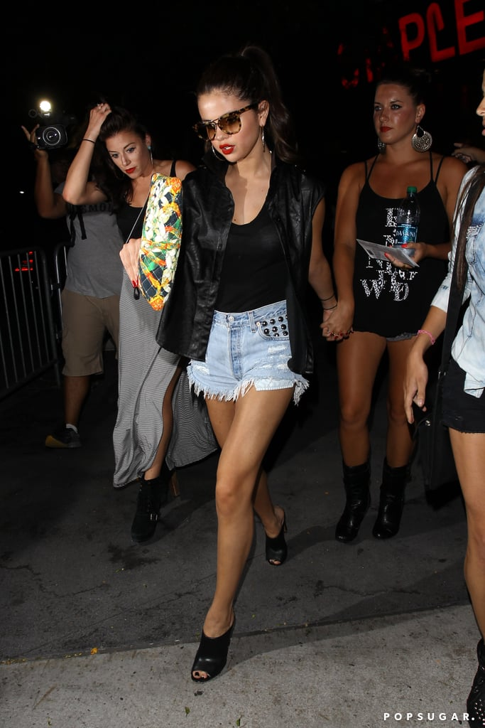 Selena Gomez and her girlfriends made their way to Beyoncé Knowles's show at the Staples Center in LA.
