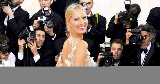 Met Gala 2016: Karolina Kurkova's Dress Lit Up, Changed Colors According to Tweets