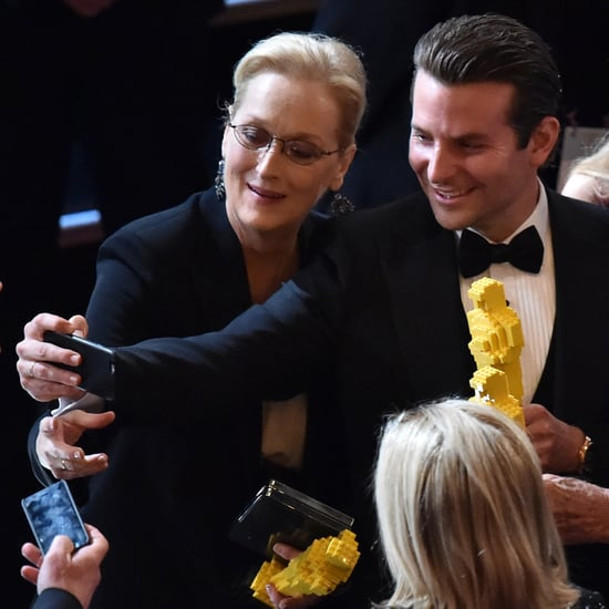Bradley Cooper and Meryl Streep Take Oscars Selfies | Photos