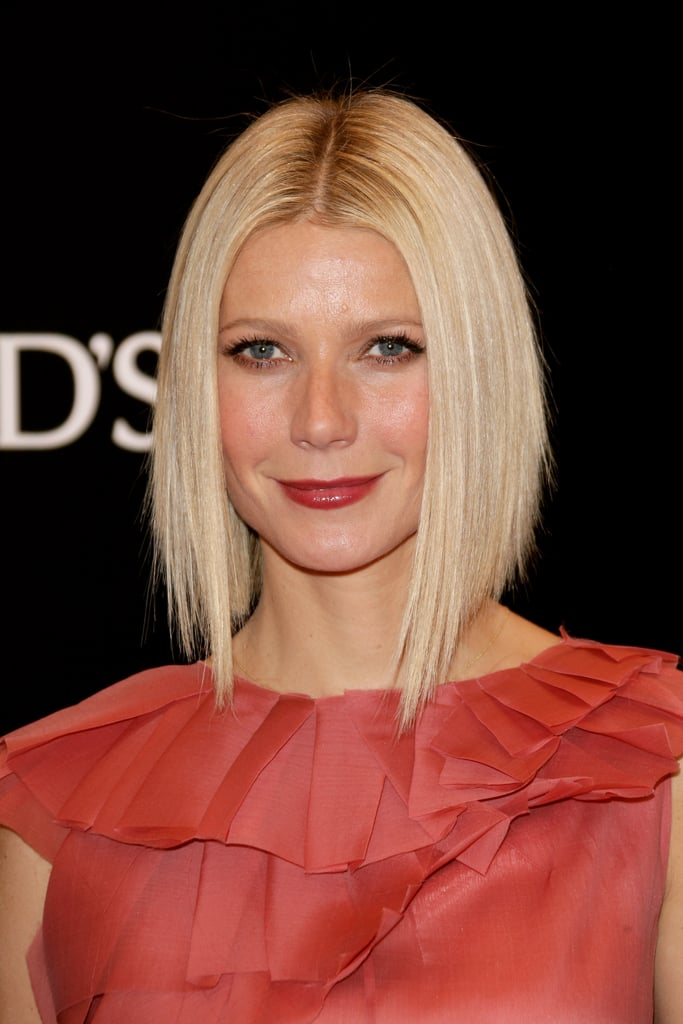 She wore the asymmetrical cut straight at the Tod's Private Dinner that year, and the look had women running to the salon requesting Gwyneth's sophisticated style.