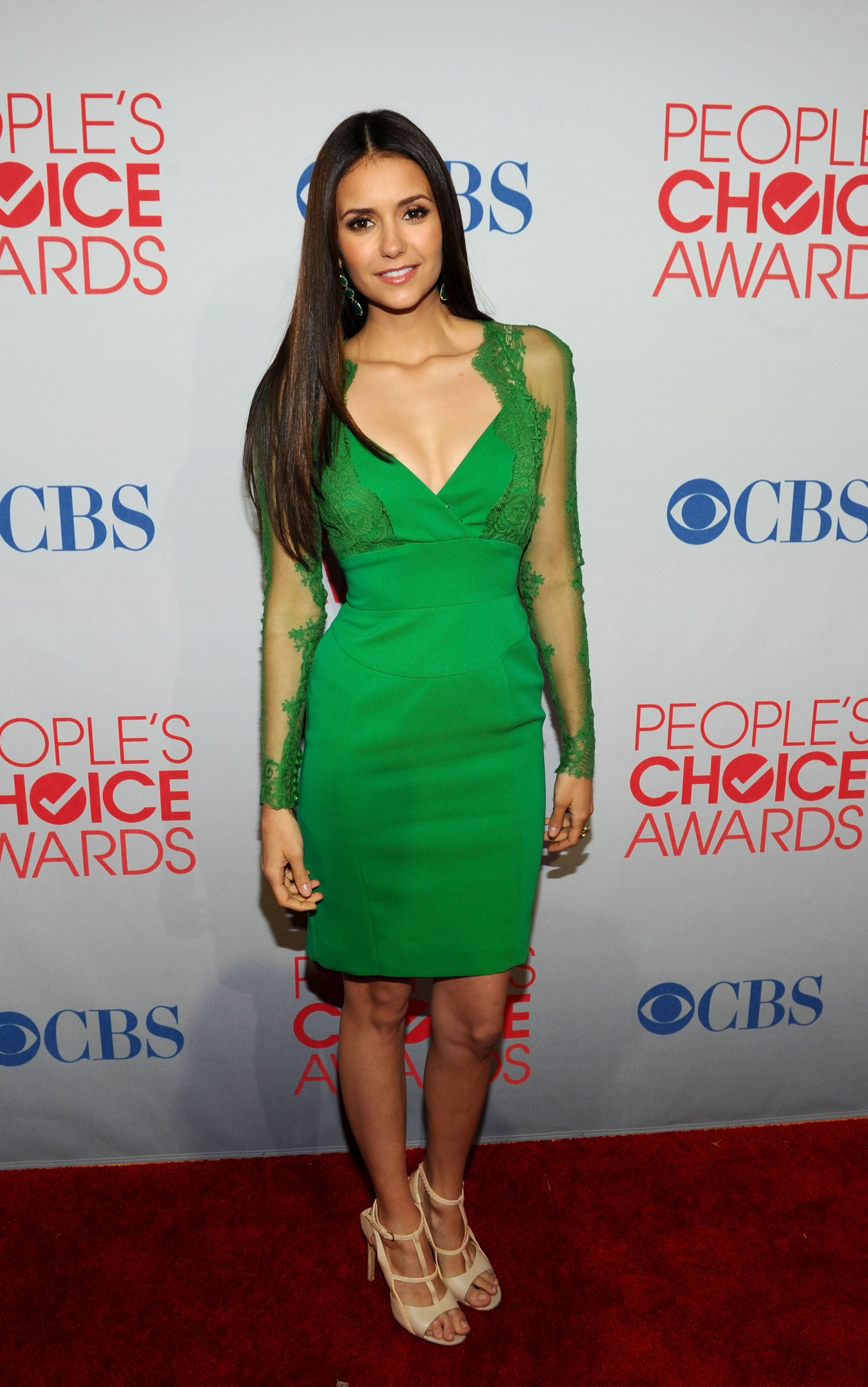 Nina Dobrev worked her Elie Saab dress at the 2012 People's Choice Awards.