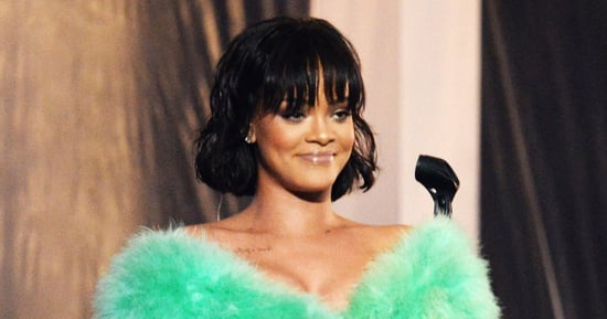 Drake Declares His Love for Rihanna While Presenting Her With Video Vanguard Award at MTV VMAs 2016