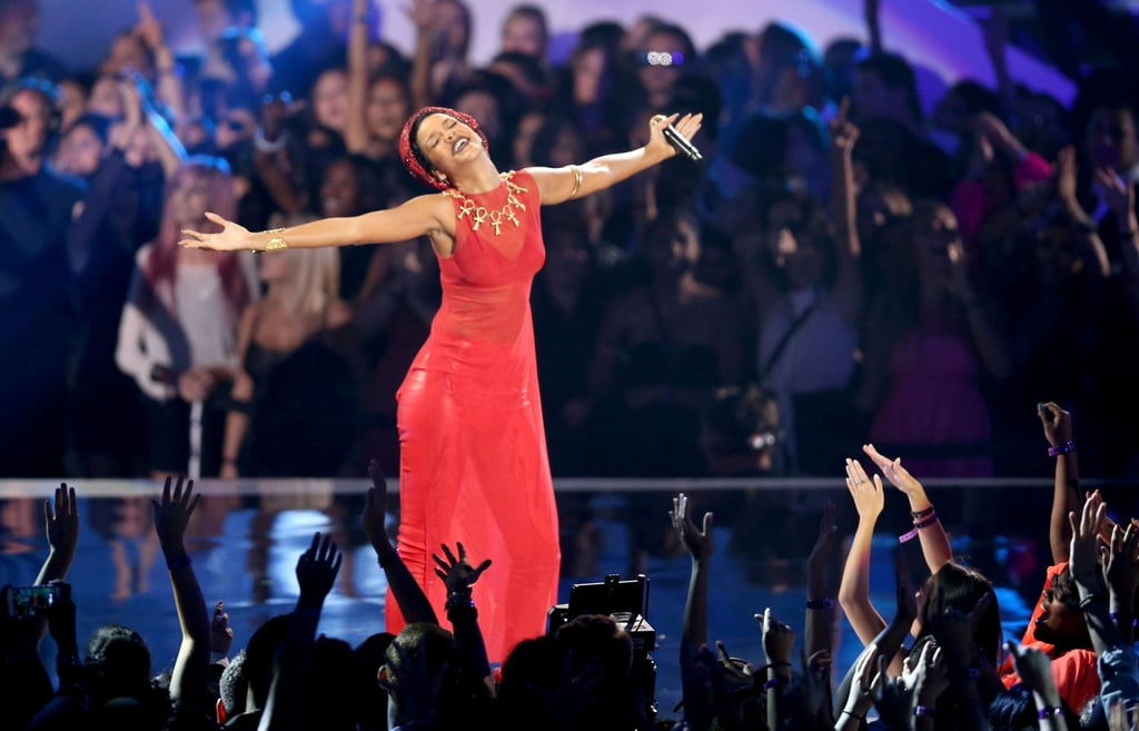 Rihanna belted it out on stage at the VMAs.