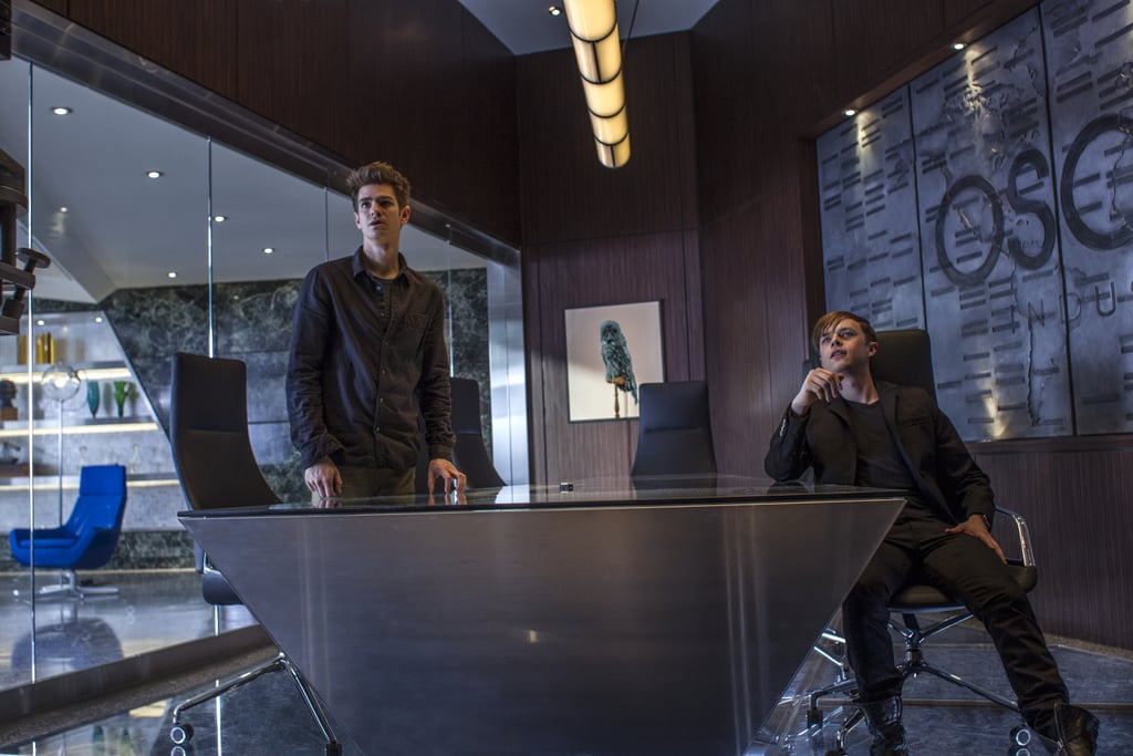 Peter and Harry chat in the Oscorp office.