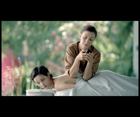 Is This Windows Phone 7 Commercial Sending the Wrong Message?