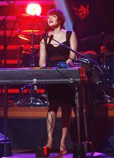 """Listen to Norah Jones Song """"Light as a Feather"""" Co-Written by Ryan Adams"""