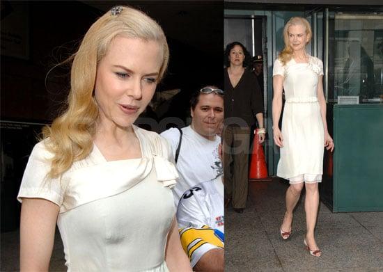 Nicole Kidman Owns The Red Carpet
