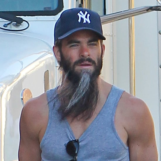 Chris Pine With a Beard on the Set of Stretch   Photo