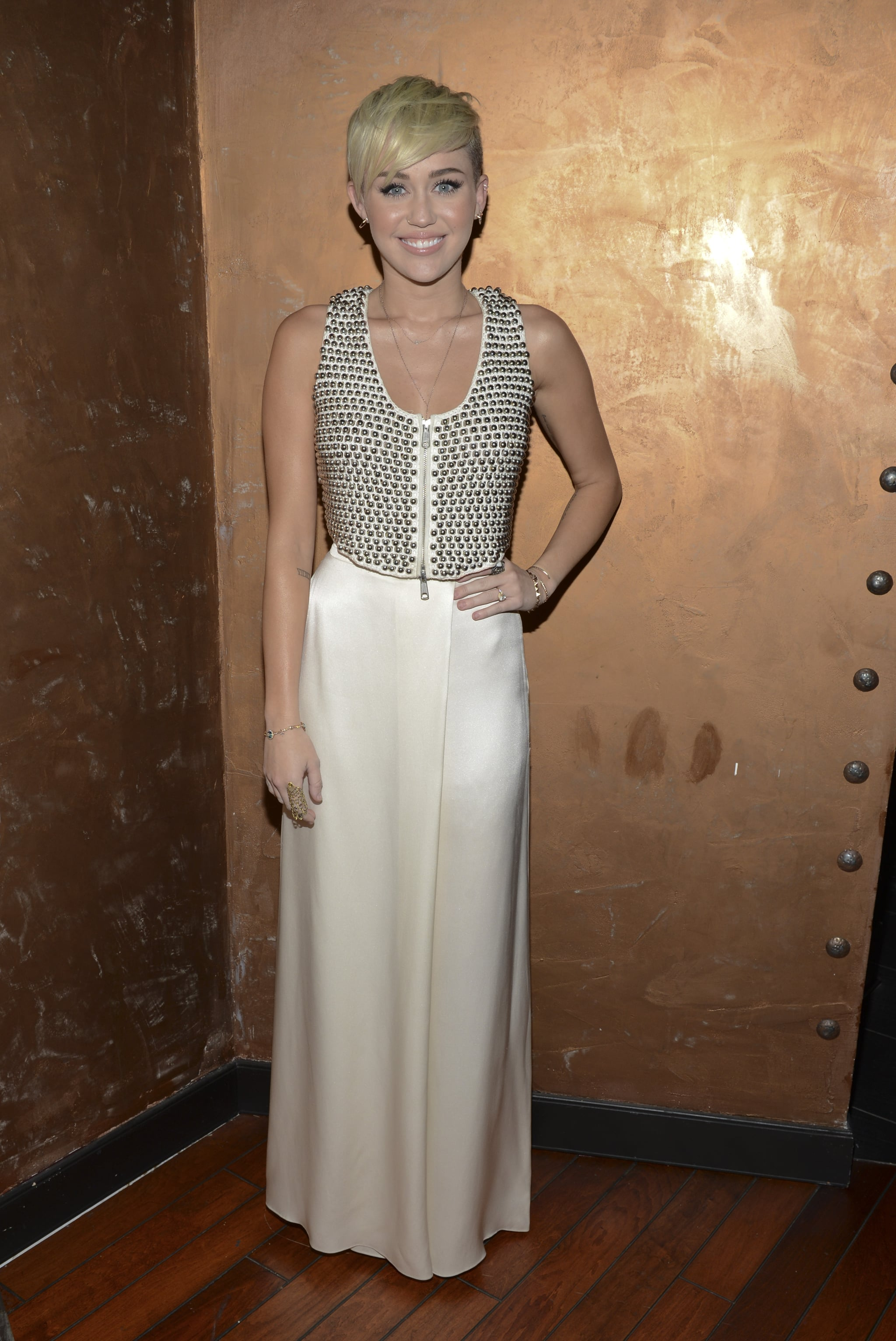 Miley Cyrus posed for photos at the City of Hope charity's gala in LA.