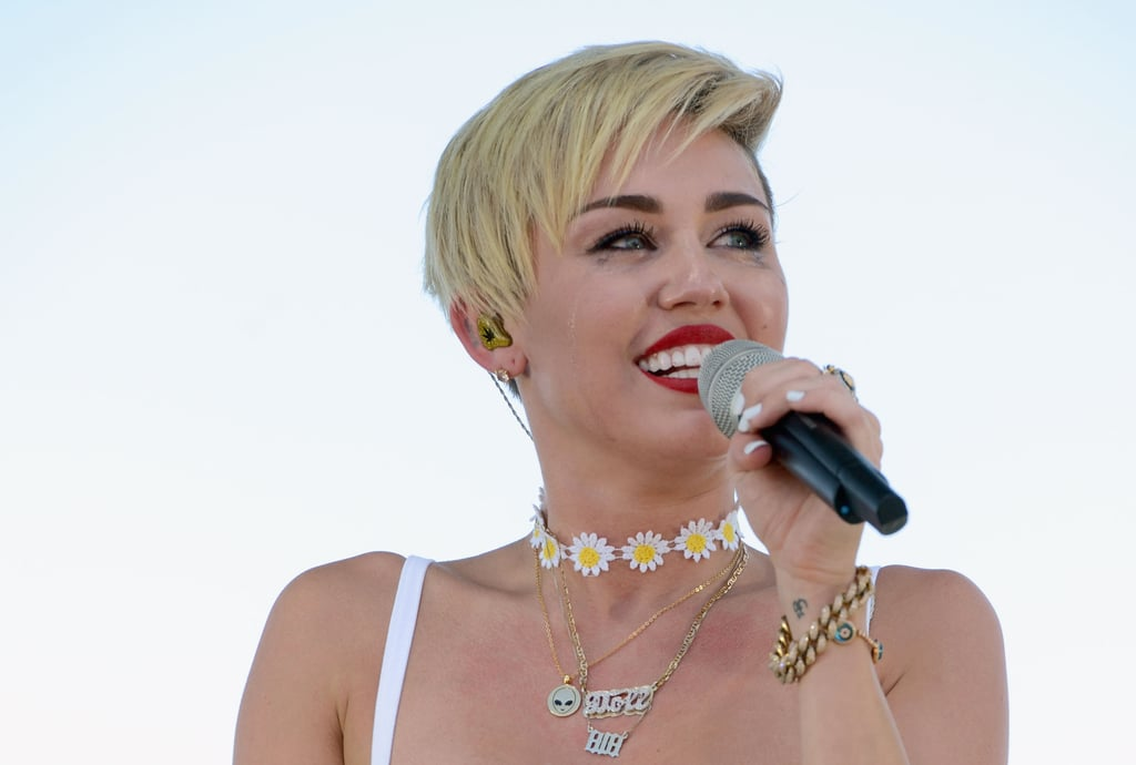 Miley Cyrus Cries on Stage During Her First Post-Breakup Appearance