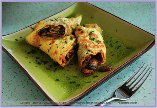 Yummy Link: Spicy Egg and Mushroom Roll