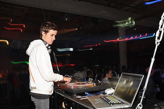 DJ Samantha Ronson Loves Macs, LiLo