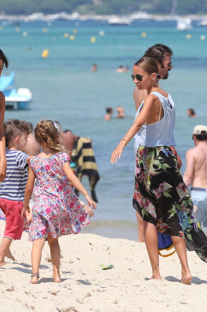 Nicole Richie and Joel Madden hung out with their kids, Sparrow and Harlow on the beach in Saint-Tropez.