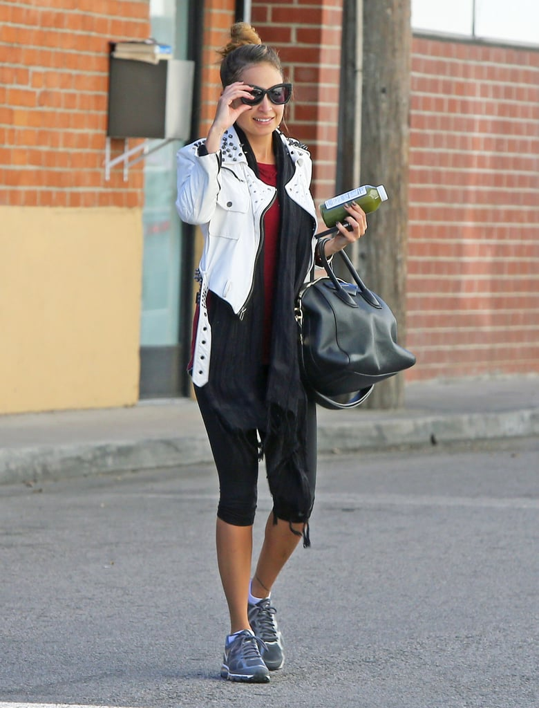 Nicole Richie flashed a grin.