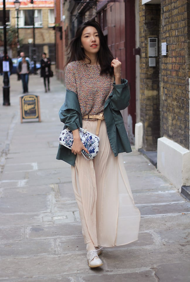 Mix and match pretty patterns and textures on top. Photo courtesy of Lookbook.nu