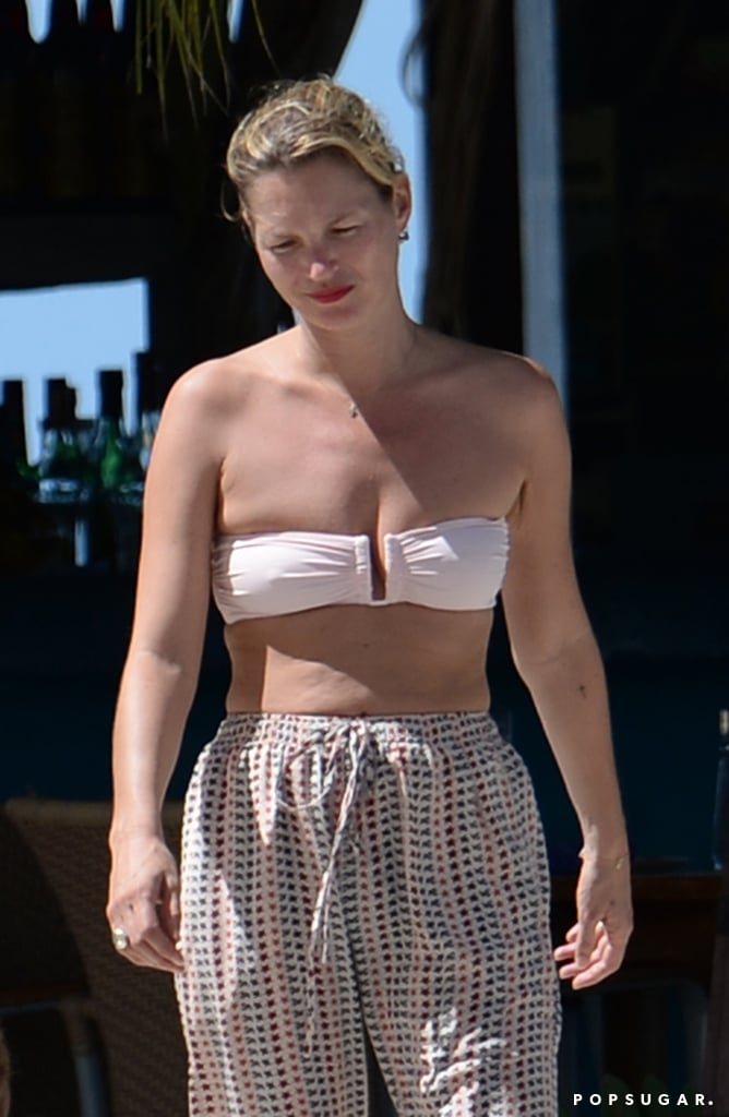 Kate Moss wore high-waisted pants.