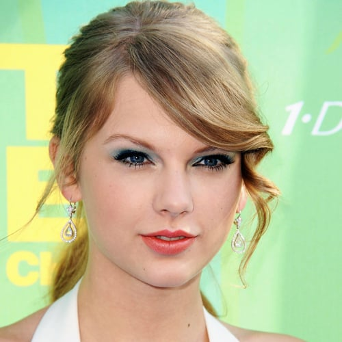 Taylor Swift and Other Stars' Makeup and Hair Tricks 2011-08-08 11:29:58