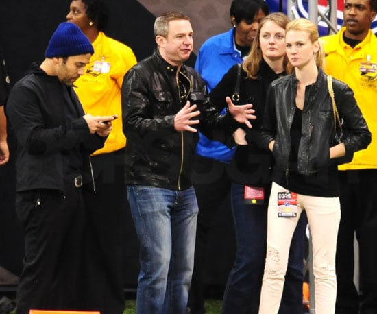 Slide Photo of Jeremy Piven and January Jones at NFC Championship Game