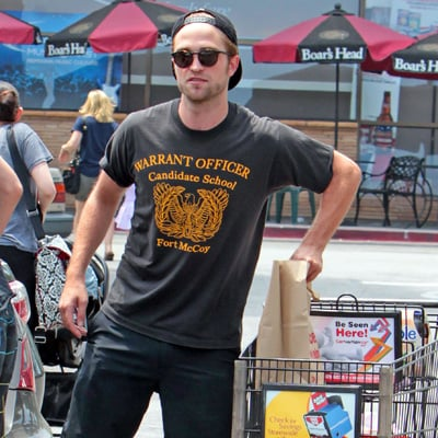 Robert Pattinson Grocery Shopping After Denying Dating Rumor