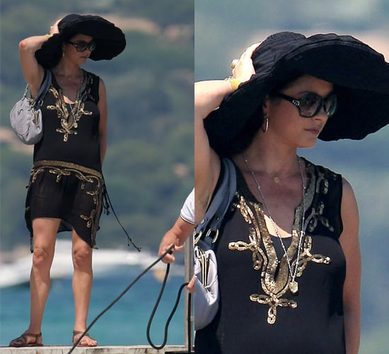 Photos of Catherine Zeta Jones in a Big Summer Hat