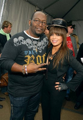 Love It or Leave It: Paula Abdul's Pre-Game Performance