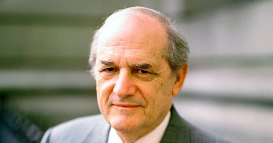Steven Hill Dead: Emmy-Nominated 'Law & Order' and 'Mission: Impossible' Actor Was 94