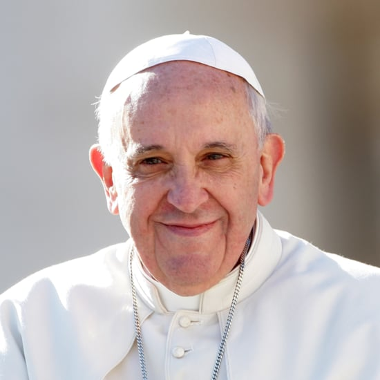 Pope Francis Asks Parents to Take Phones From Dinner Table