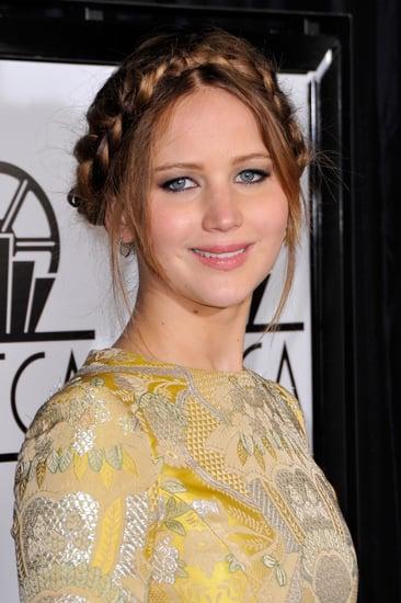 Critics-Choice-Awards-Jennifer-Lawrence-sported-piecey