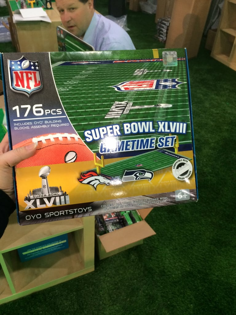 OYO Sportstoys Super Bowl XLVIII Authentic Gametime Set