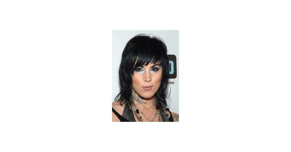 love it or hate it kat von d 39 s blue eyed style popsugar beauty. Black Bedroom Furniture Sets. Home Design Ideas