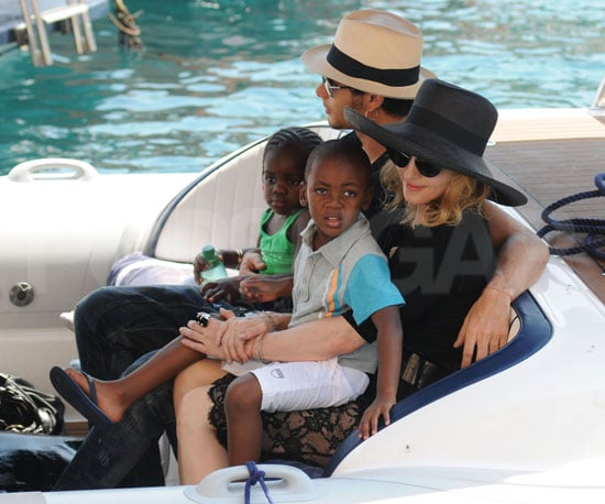 Photo Slide of Madonna and Jesus Luz With Her Kids in Portofino