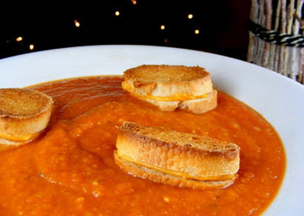 Recipes: Hearty Roasted Tomato Soup