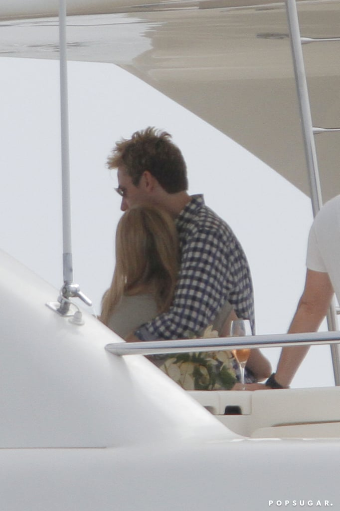 Avril Lavigne and Chad Kroeger showed PDA on a yacht.