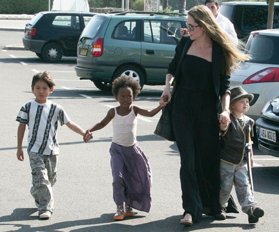 Slide Photo of Angelina Jolie With Shiloh Jolie-Pitt, Zahara Jolie-Pitt and Pax Thien Jolie-Pitt in France at Toys R Us