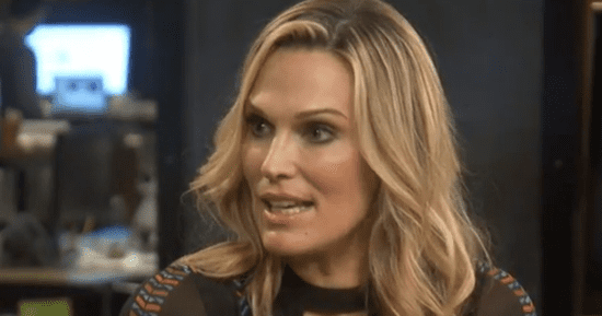 Molly Sims Opens Up About Overcoming Years Of Body Negativity