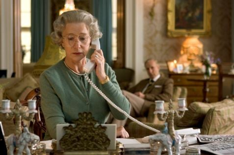 Oscar Worthy-Gadgets: The Queen's Phone