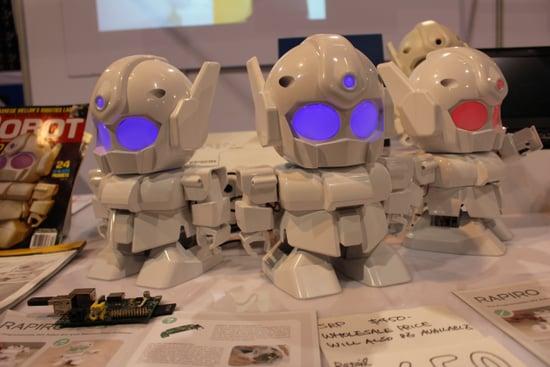5 Adorable Robots at CES 2014