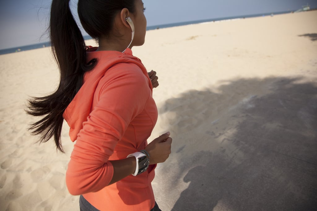This runner is wearing the Gear Circle, a new wireless headset that works with the Gear S. Source: Samsung