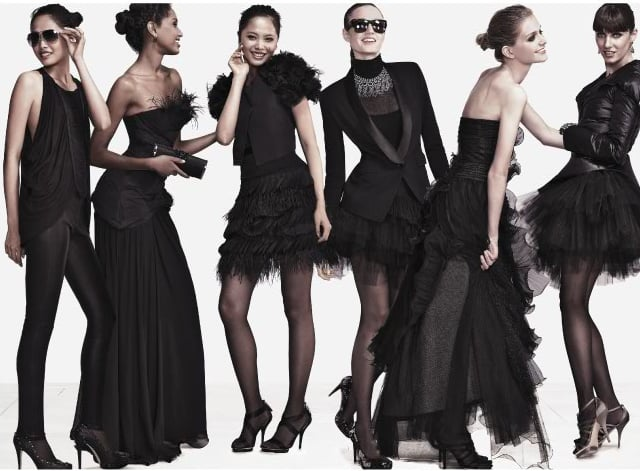 A gaggle of black-clad ladies has quite the effect!