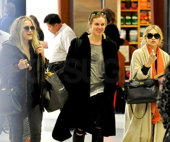 Slide Photo of Mary Kate and Ashley Olsen at LAX