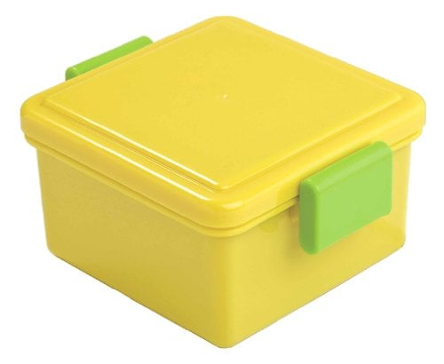 The lemon-lime color scheme of this bento ($15) won't leave a sour taste in your mouth. Just fill it with delicious lunches!