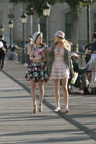 Gossip Girl New Promo For Season 4 in Paris