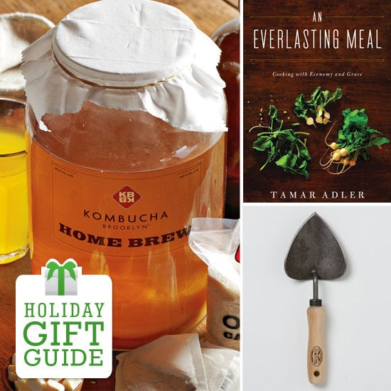 Whether she's an avid vegetable gardener, an aspiring beekeeper, or someone who always has a kitchen DIY project in the works, YumSugar rounded up the best gifts for the homesteader in your life.