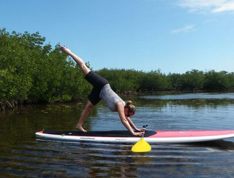 What to Expect From a Paddleboard Yoga Class