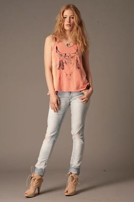 The Look For Less: Free People Skinny Vintage Destroyed Jeans