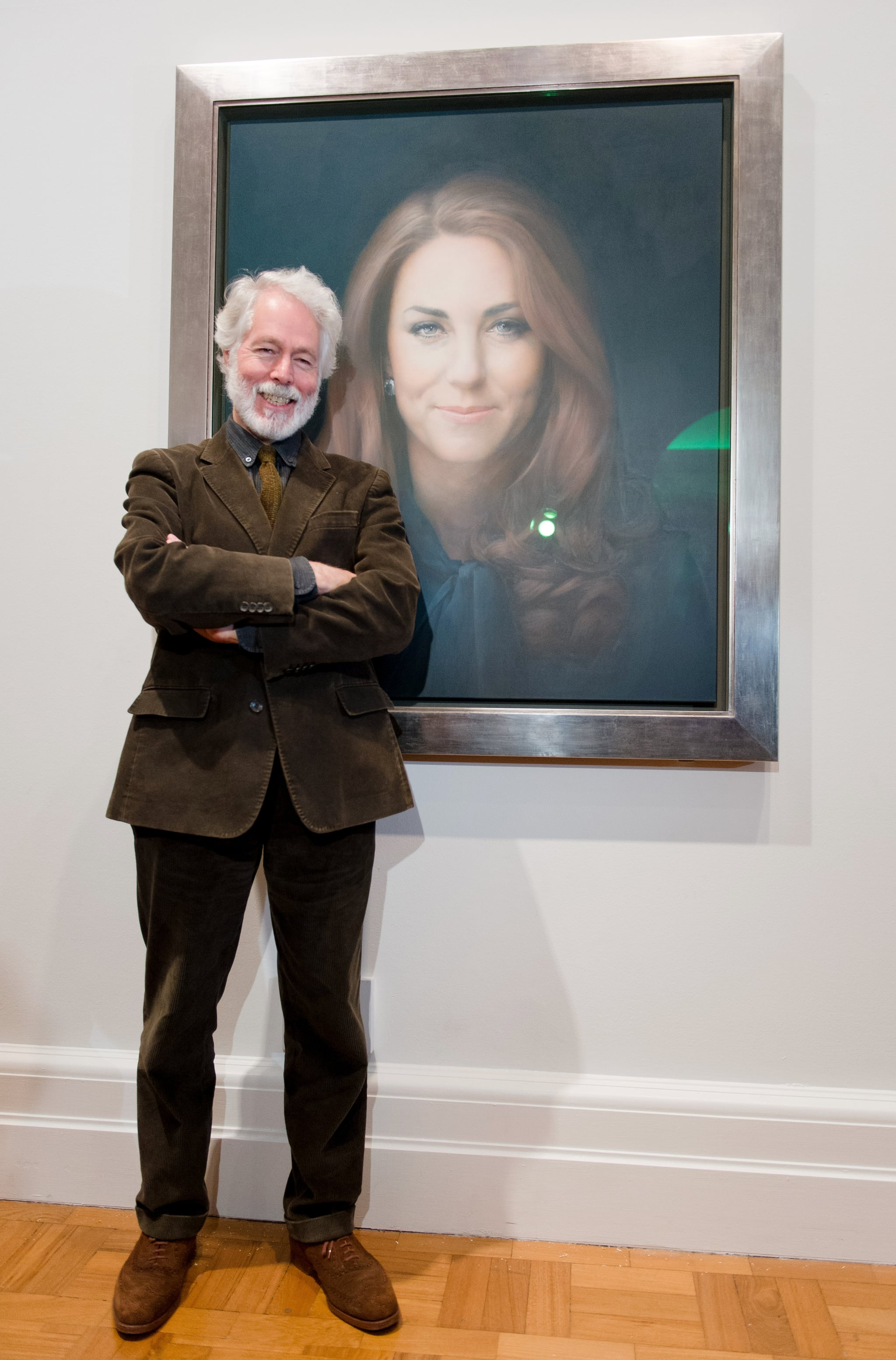 At the National Portrait Gallery, artist Paul Emsley unveiled a commissioned portrait of Kate, which was widely criticized.