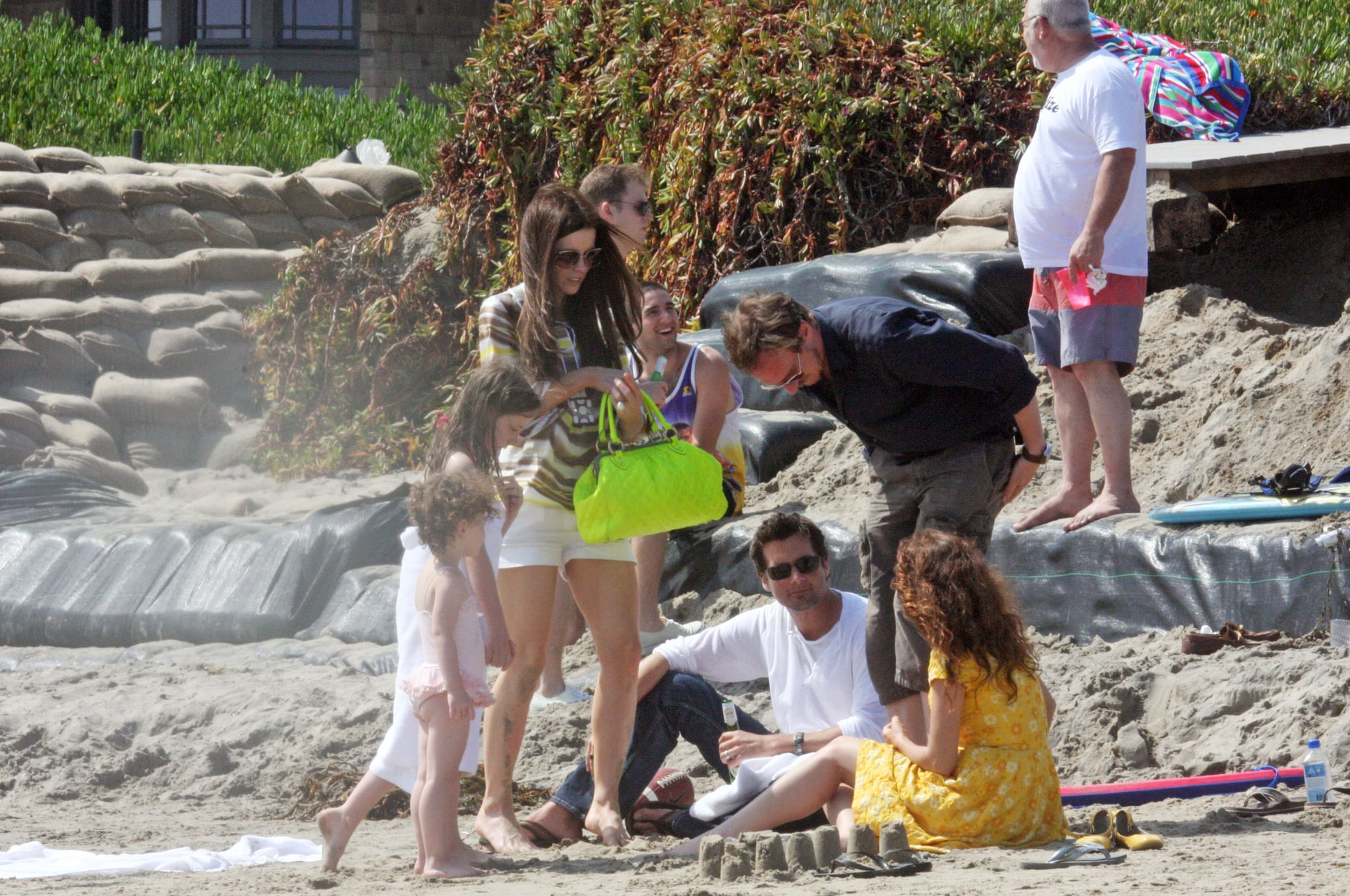 The Beckinsale Brood Enjoy a Day at the Beach
