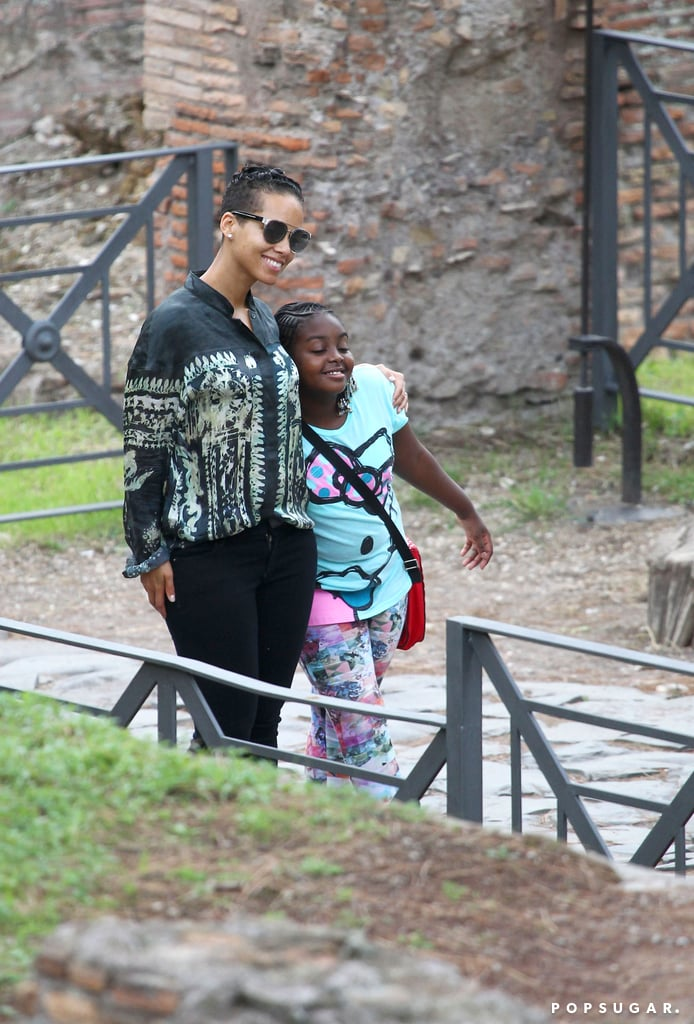 Alicia Keyes and her friend posed for pictures together.
