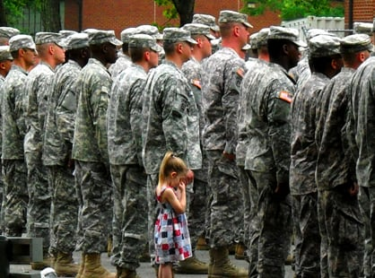 Paige Bennethum's Father Returns From Iraq